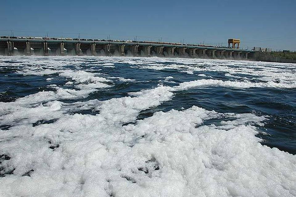 НаВолжской ГЭС увеличили среднесуточный сброс воды