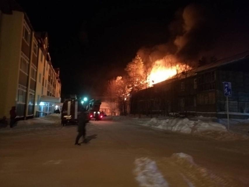 Пожар вНоябрьске оставил без жилья 15 человек