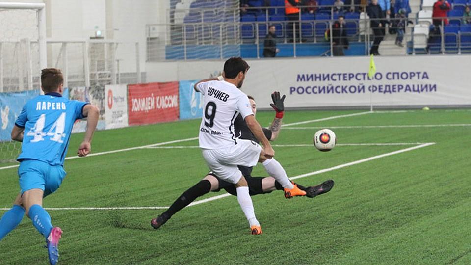 Гол Чочиева вНовосибирске принес команде «Крылья Советов» победу