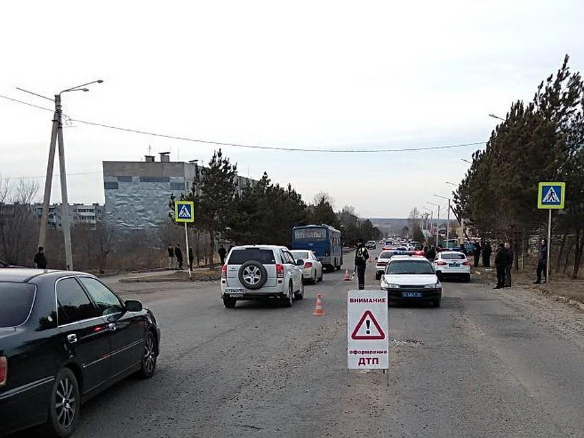 Женщину напешеходном переходе вЛесозаводске насмерть задавил нетрезвый шофёр фургона