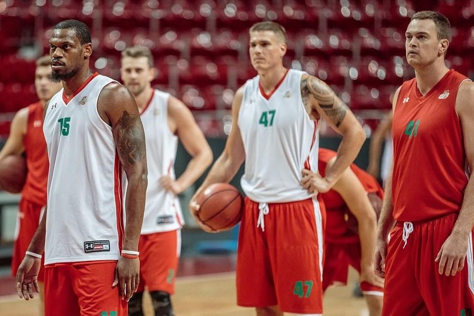 «Локомотив-Кубань» проиграл «Дарюшшафаке» впервом матче финала Еврокубка побаскетболу