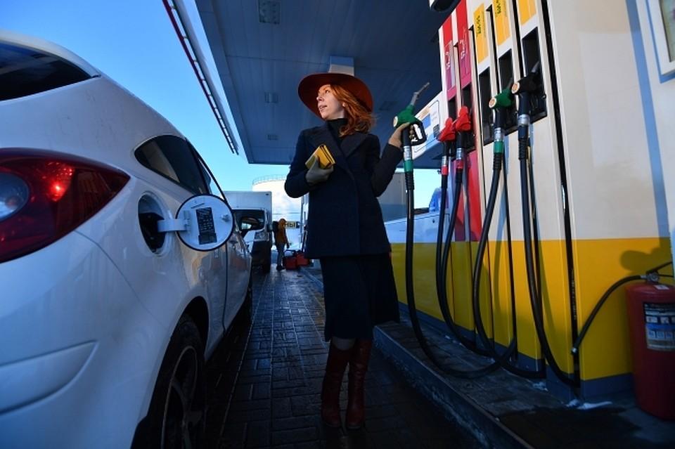 Руководство попросили разрешить реализацию алкоголя наАЗС ради дешёвого бензина