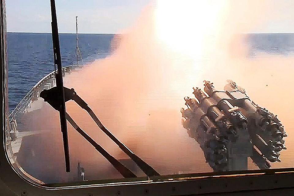 Путин: корабли с«Калибрами» будут нести постоянное боевое дежурство вСредиземном море