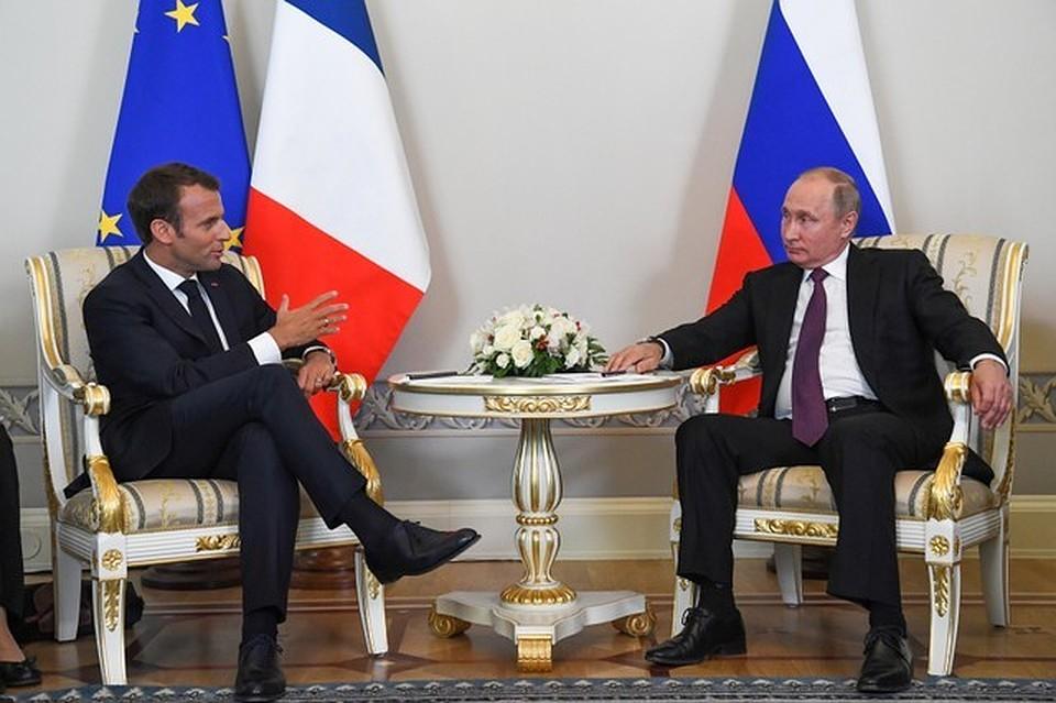Путин навстрече сМакроном громко опозорился из-за украинцев