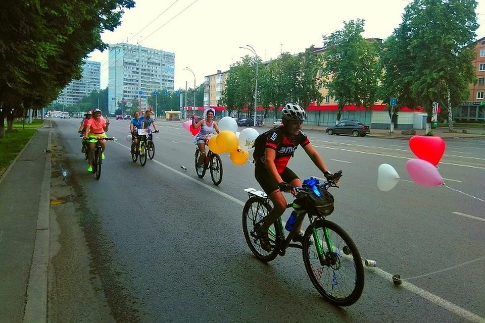 Под венец— навелосипедах: вКемерове прошла первая велосвадьба