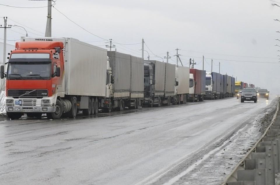 На трассах появятся «умные» весы, чтобы следить загрузовиками