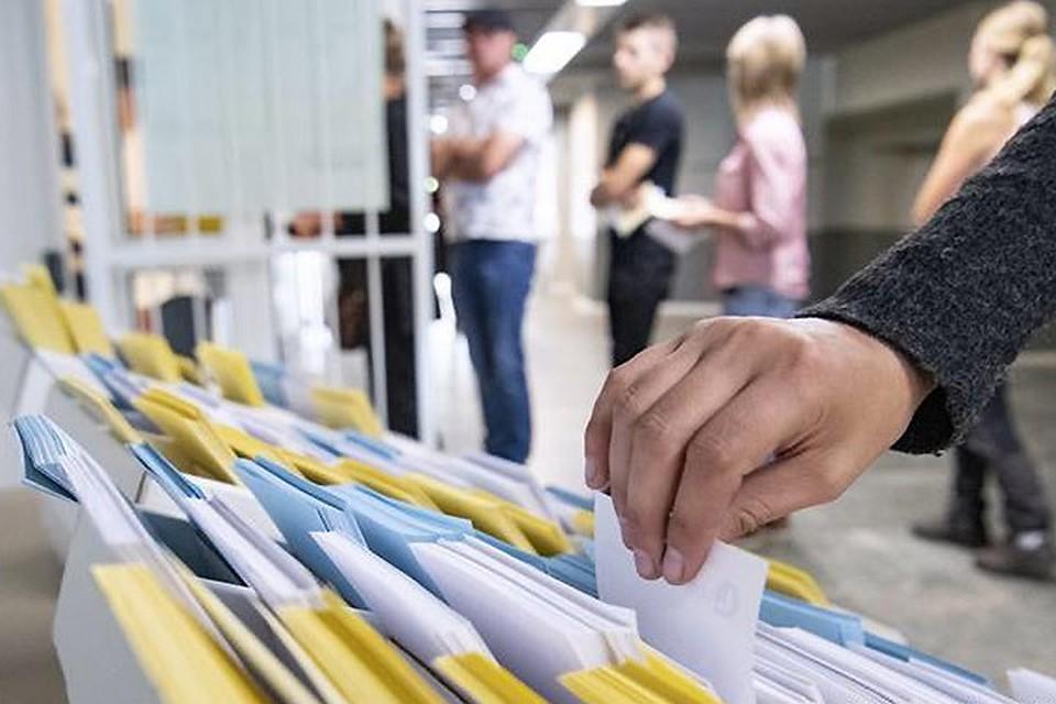 На парламентских выборах в Швеции голоса избирателей распределились необычно равномерно