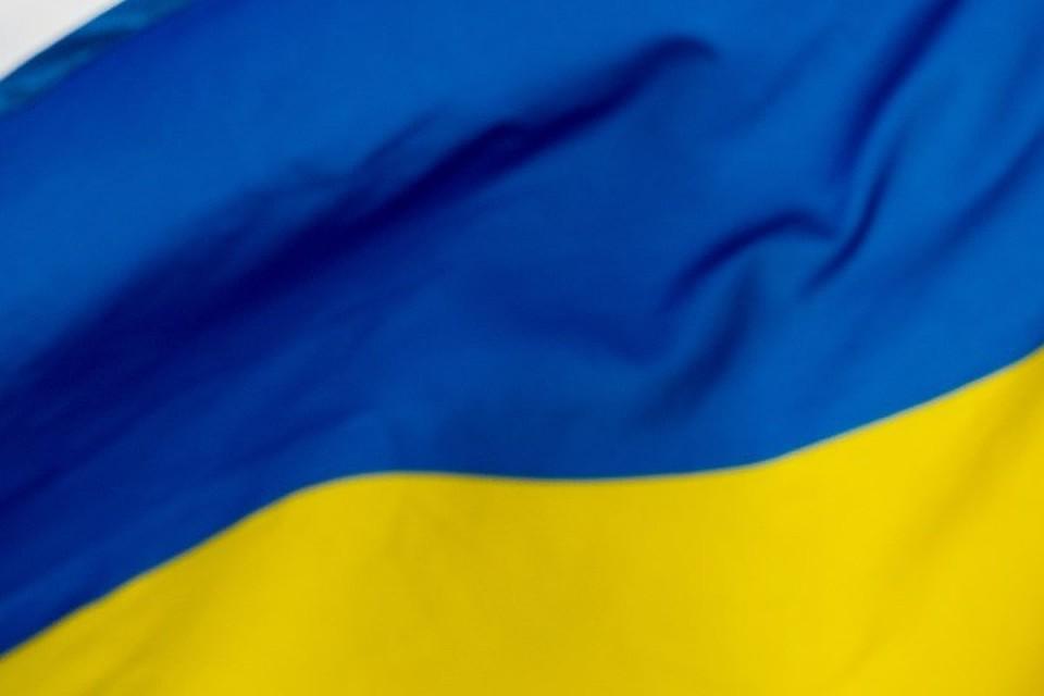 Украина расторгнет около сорока договоров сРоссией