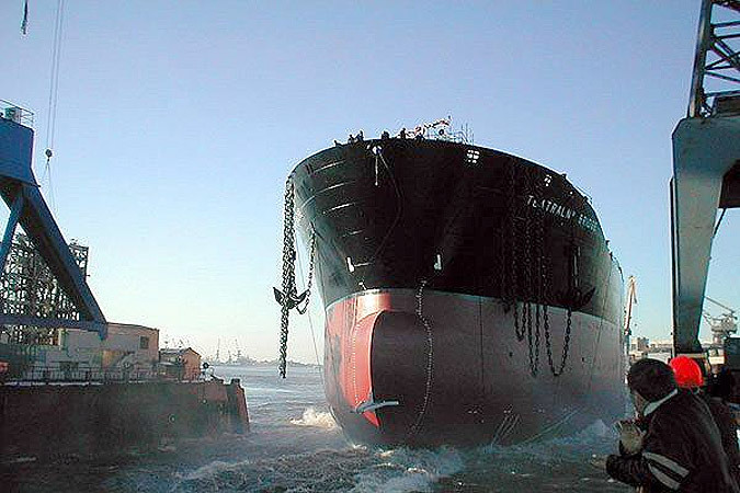 Финская судостроительная компания Arctech Helsinki Shipyard построит ледокол для России