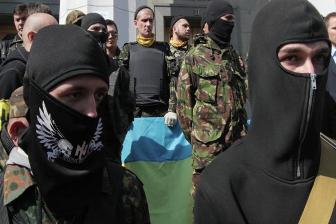 """""""Правый сектор"""": Украина должна потребовать от Европы списать долги"""