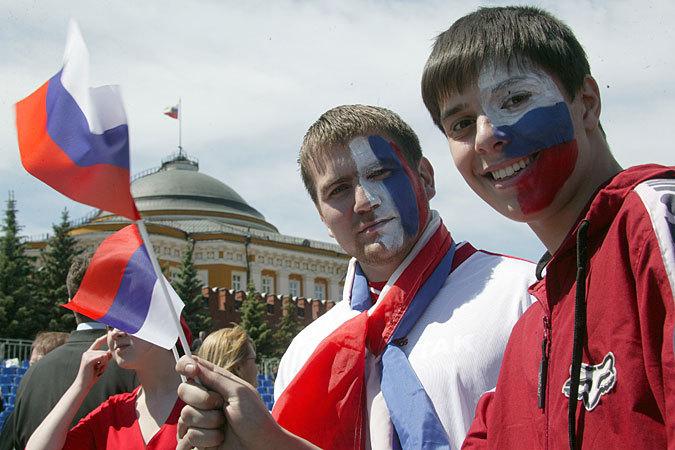 """""""Поколение Путина"""" с удовольствием воспринимает пропагандируемую Кремлем ностальгию по советским временам"""