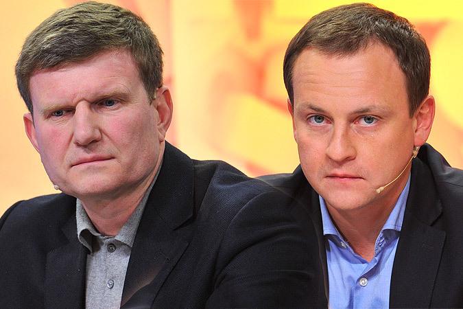 Депутаты Олег Савченко (слева) и Александр Сидякин (справа) не выходят на связь из Антарктиды.