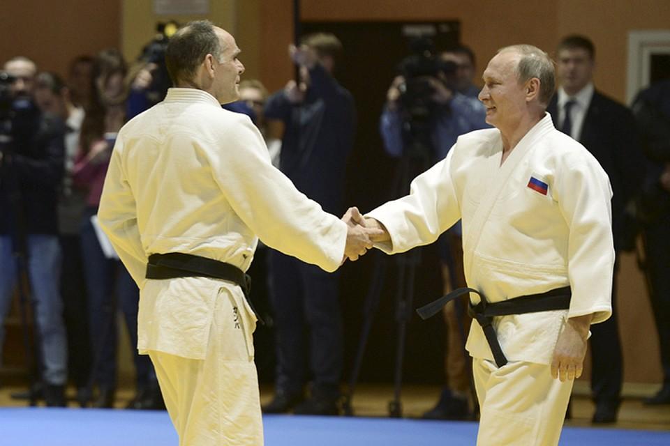 Спарринг-партнером Путина во время тренировки был лично главный тренер сборной России по дзюдо