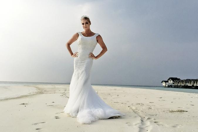 Насте наряд невесты к лицу. Фото: Виктор МАСЛОВ
