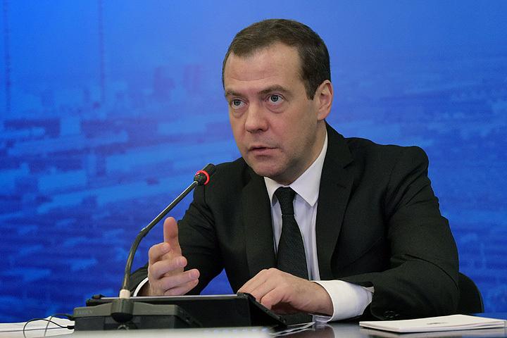 22 января 2016. Председатель правительства РФ Дмитрий Медведев проводит в Тольятти совещание о текущем состоянии автомобильной промышленности и основных направлениях стратегии развития автопромышленности и производства автокомпонентов на период до 2025 года.