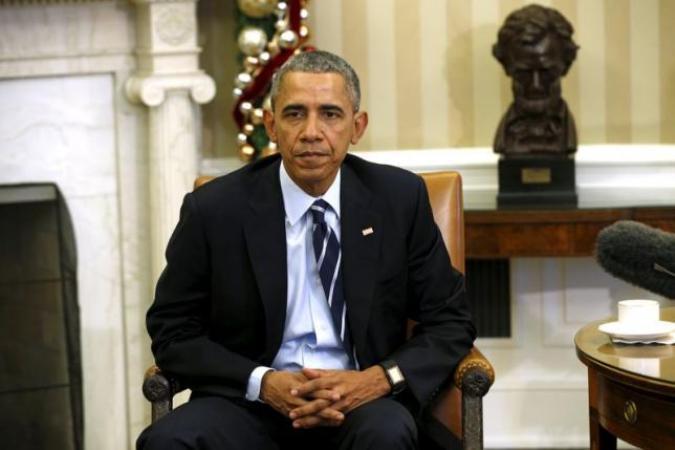 Президент США Барак Обама  в Овальном кабинете