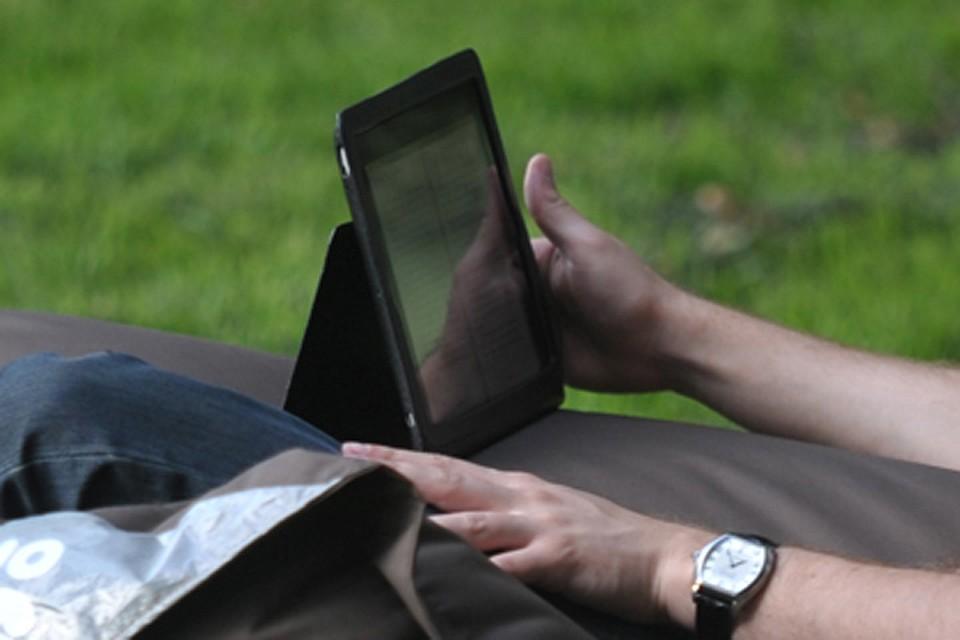 Брянским врачам ограничили доступ в соцсети в рабочее время
