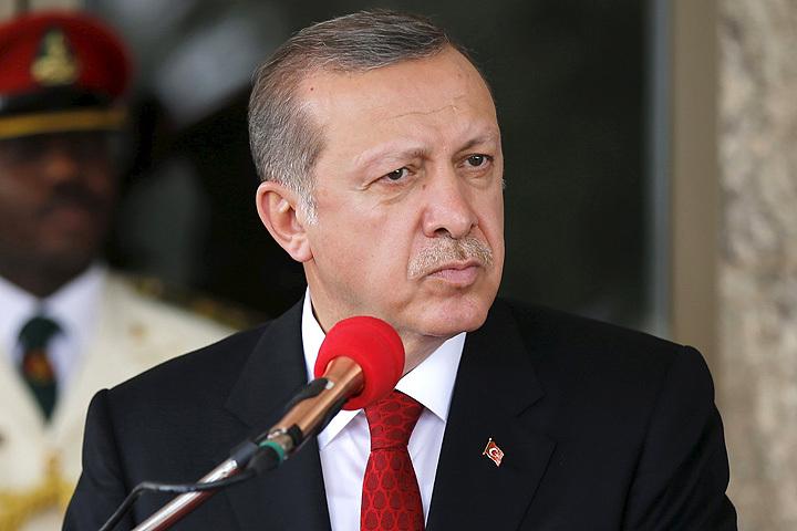 На один из главных праздников Болгарии неожиданно пригласили президента Турции Реджепа Тайипа Эрдогана.