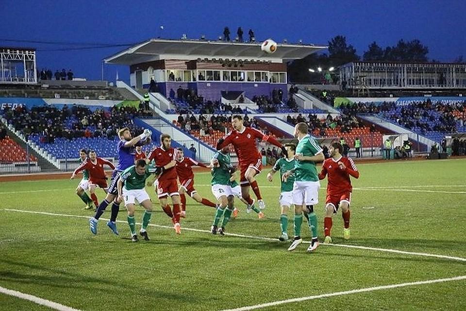 ФК СКА-Энергия на домашнем поле переиграл'Томь. Фото ФК'СКА-Энергия