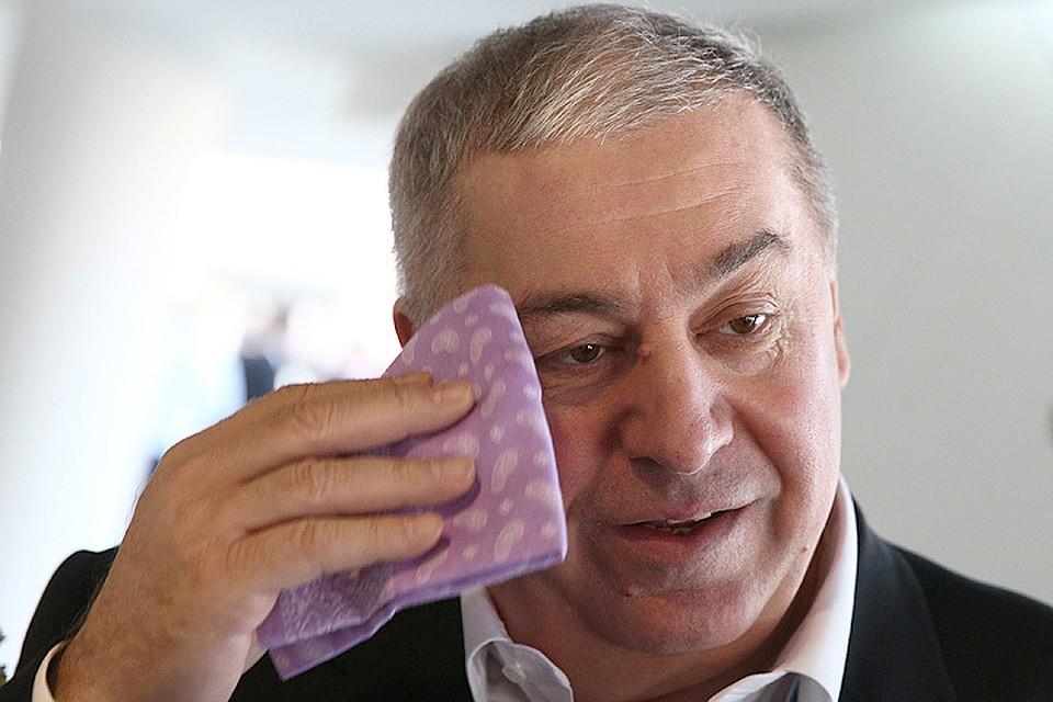 Племянник Гуцериева ранен из-за небрежного обращения соружием