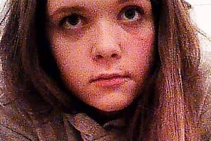 Порно картинки девочка в лесу 2 фотография