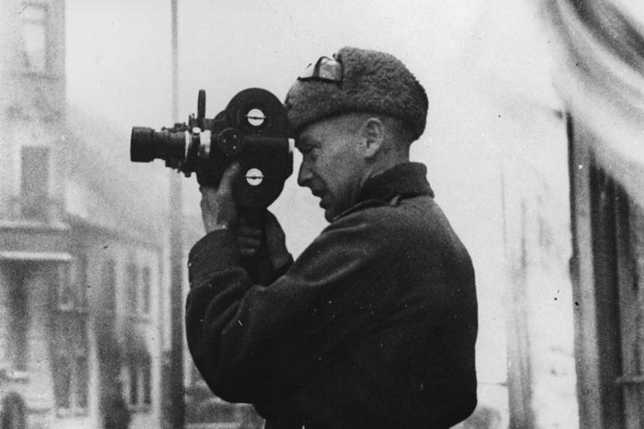 Прославленный документалист Роман Кармен