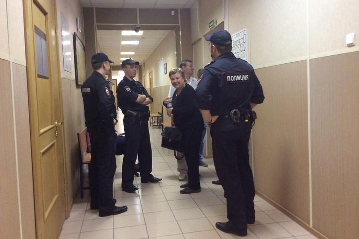 Светлану Нестерову оградили от лишнего внимания журналистов. И арестовали ее в закрытом заседании.