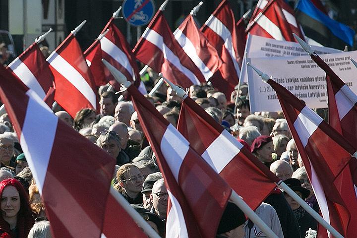 16 марта 2015 г. Шествие сторонников легионеров Waffen SS в центре города. ФОТО Кристина Кормилицына/ТАСС