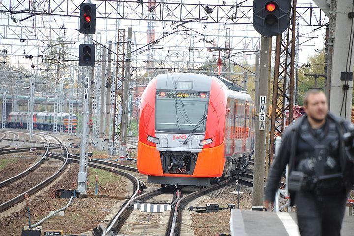 Перевозчик ввел скидку 40% напроезд в«дневном экспрессе» Челябинск