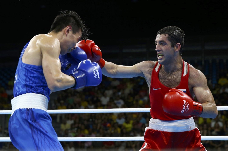 Борец Сослан Рамонов принес сборной РФ 19-ю золотую медаль