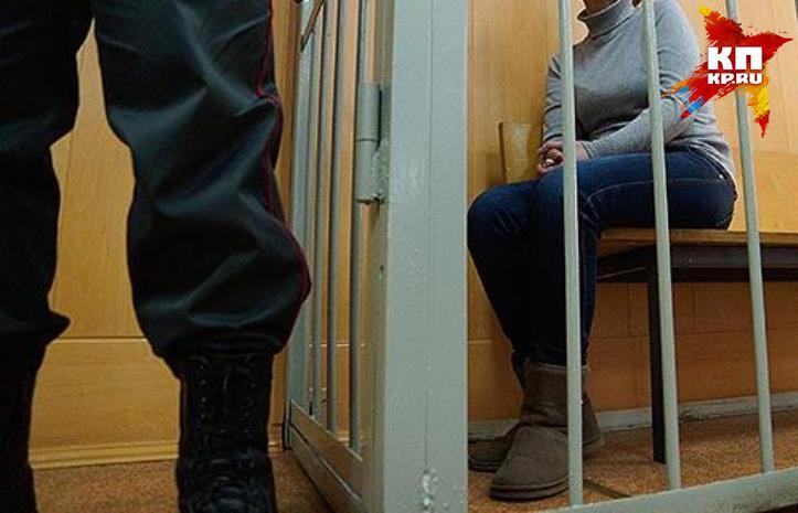 ВЕкатеринбурге заключенная накинулась насотрудницу следственного изолятора— Плевала назакон