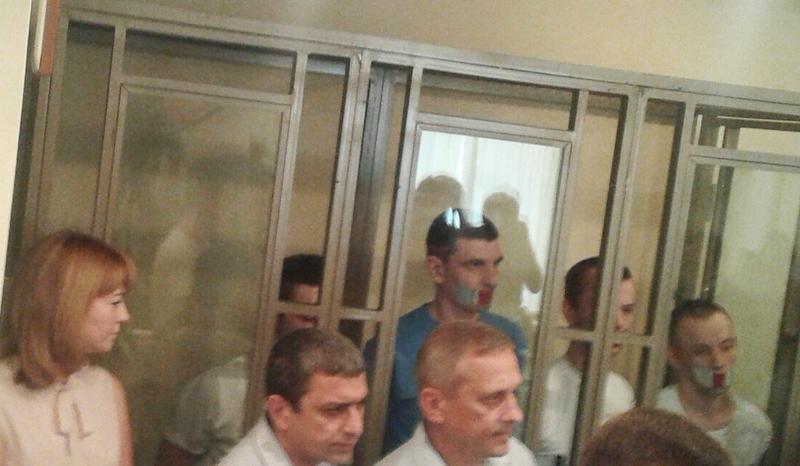 Русский суд приговорил четырех крымских мусульман к 7-ми и 5-ти годам колонии