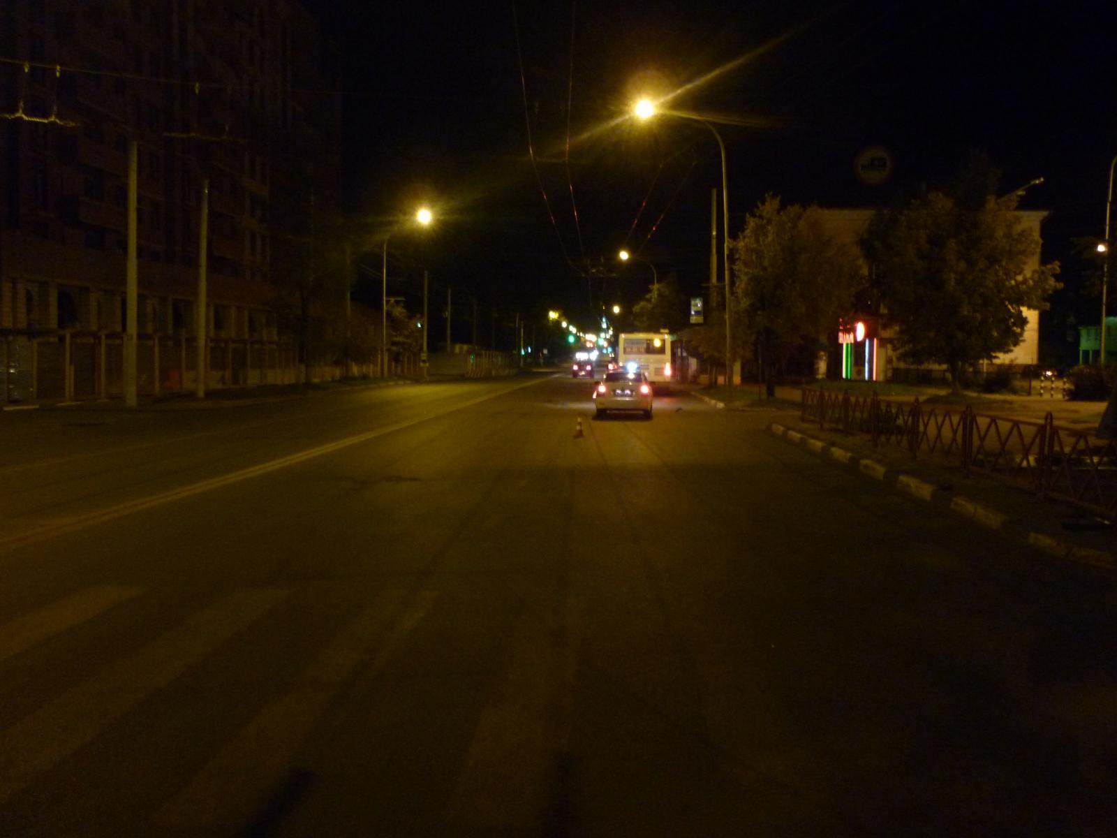 НаСвободы вЯрославле неизвестный автомобилист сбил молодого человека и исчез