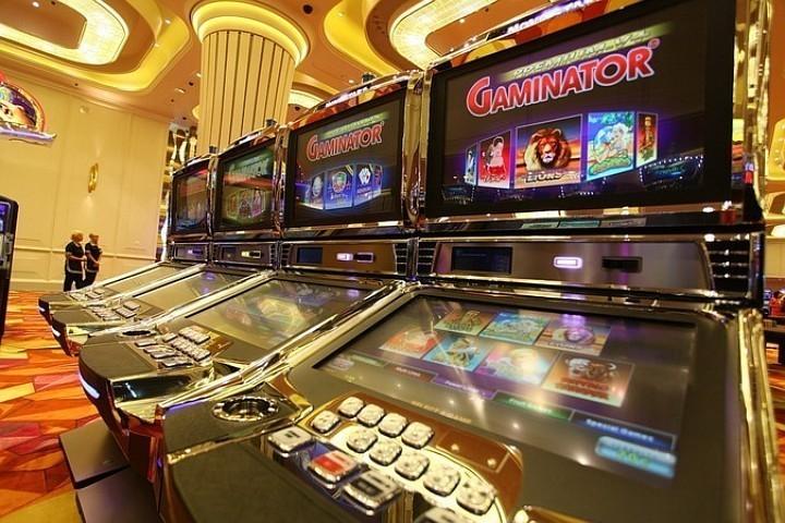 Петербурженка заплатит штраф заподпольное казино