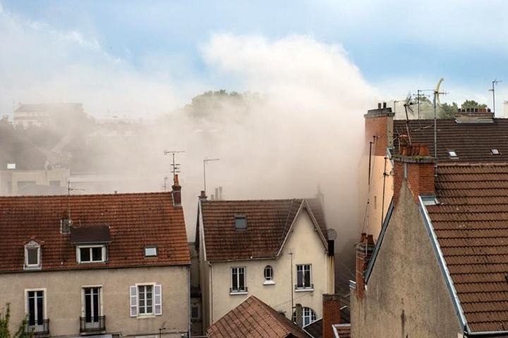 Вцентре французского Дижона произошел взрыв, есть пострадавшие
