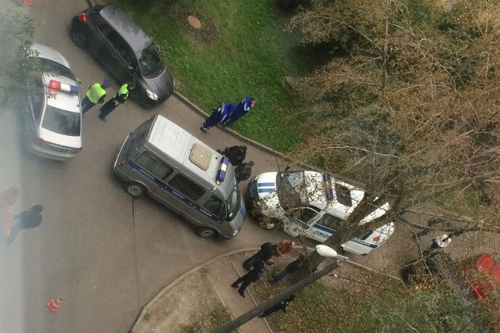 Милиция проверяет дом вПетербурге после сообщения оминировании