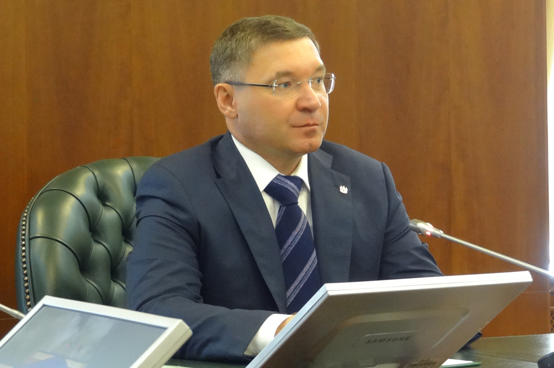 Тюменский губернатор Владимир Якушев незахотел быть депутатом Государственной думы