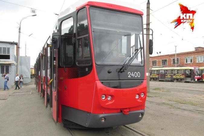 ВКазани женщина угодила под трамвай, засмотревшись всмартфон