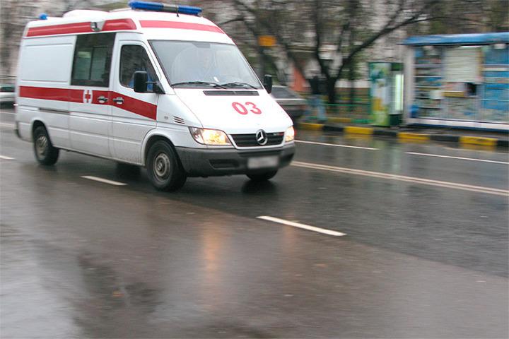 ВПетербурге сосед покоммуналке избил беременную женщину-полицейского