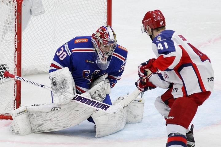 В матче с ЦСКА Игорь Шестеркин неоднократно выручал свою команду