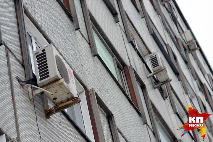ВНовосибирске мужчина выпрыгнул с5-го этажа после ссоры сдевушкой