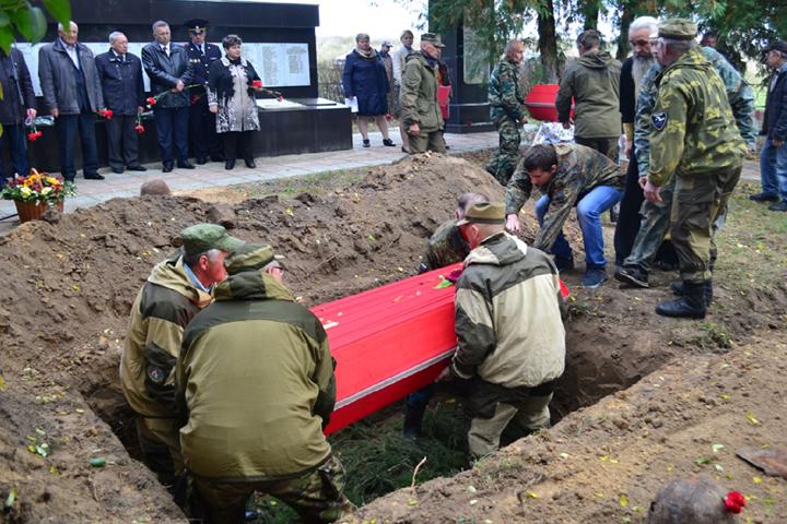 ВСевском районе перезахоронили останки 21 воина