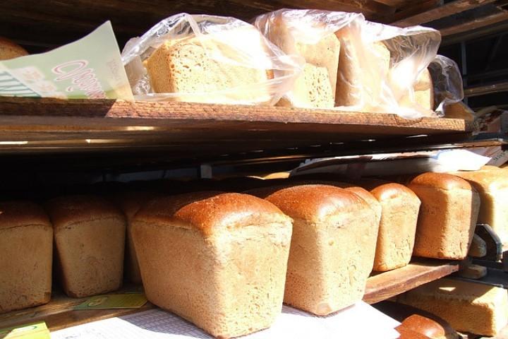Триста граммов хлеба каждому гарантировано