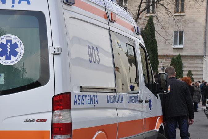 66-летний мужчина бросился под поезд, следовавший по маршруту Окница-Бельцы.