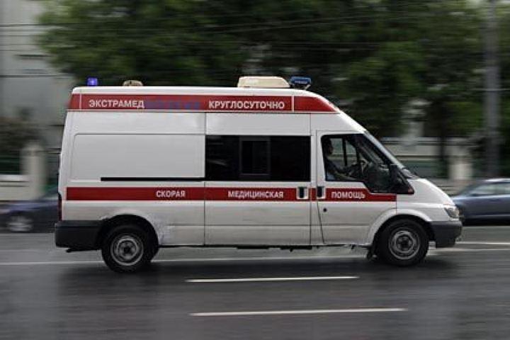 45-летнего мужчину спасают в реанимации