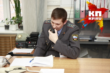 Гражданин Красноярска ворвался сножом вмагазин ипорезал полицейского