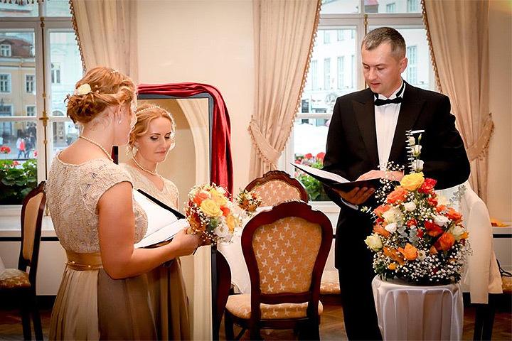 Эстонка вышла замуж за саму себя. Фото: с сайта facebook.com