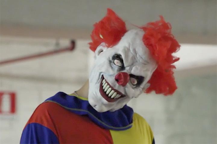 За последние дни в Швеции были зарегистрированы инциденты, связанные с клоунами. Фото: Youtube