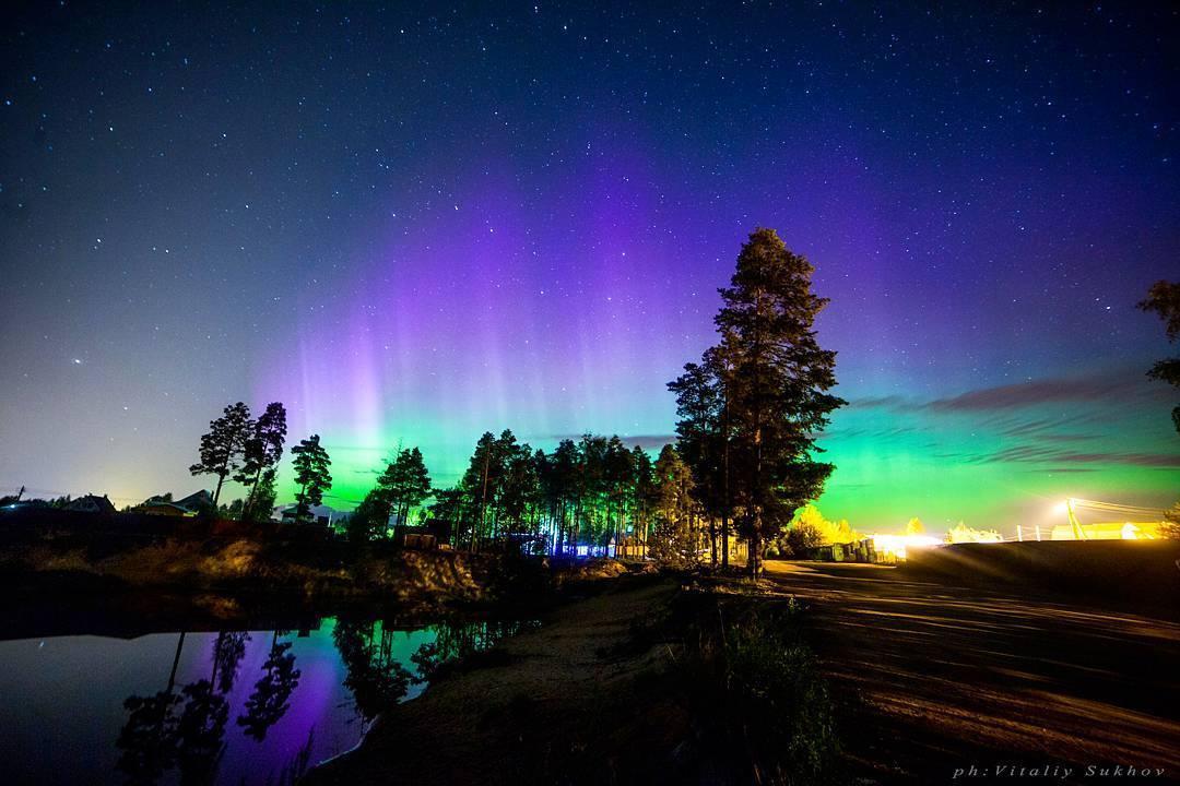 Помешать чудесному явлению могут только коварные питерские облака. Фото: Виталий Сухов