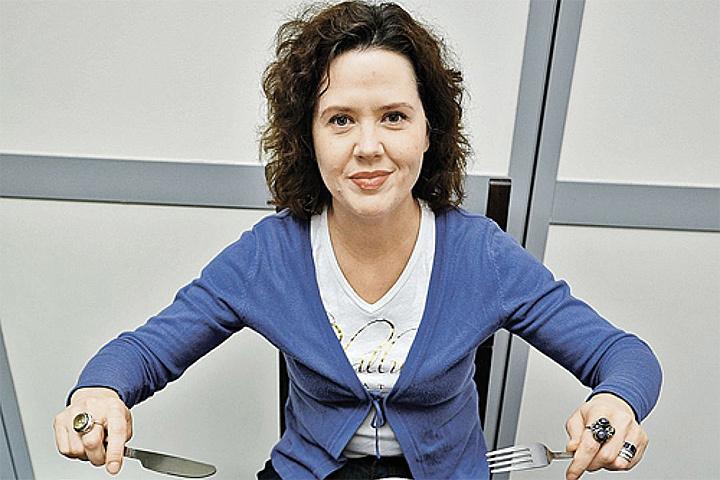"""Дарья Завгородняя испытала модный способ похудения """"5+2""""."""